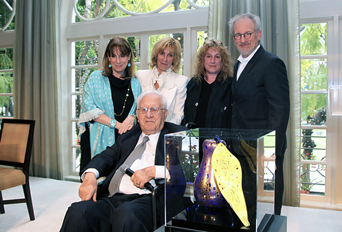 Sue, Nancy, Anne and Steven with their father, Arnold Spielberg
